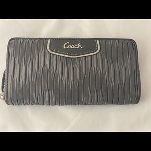 Coach pleated grey large wallet pink interior